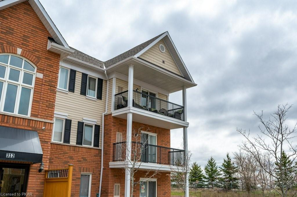 312 SPILLSBURY Drive Unit# 301, Peterborough, Ontario (ID 257207)