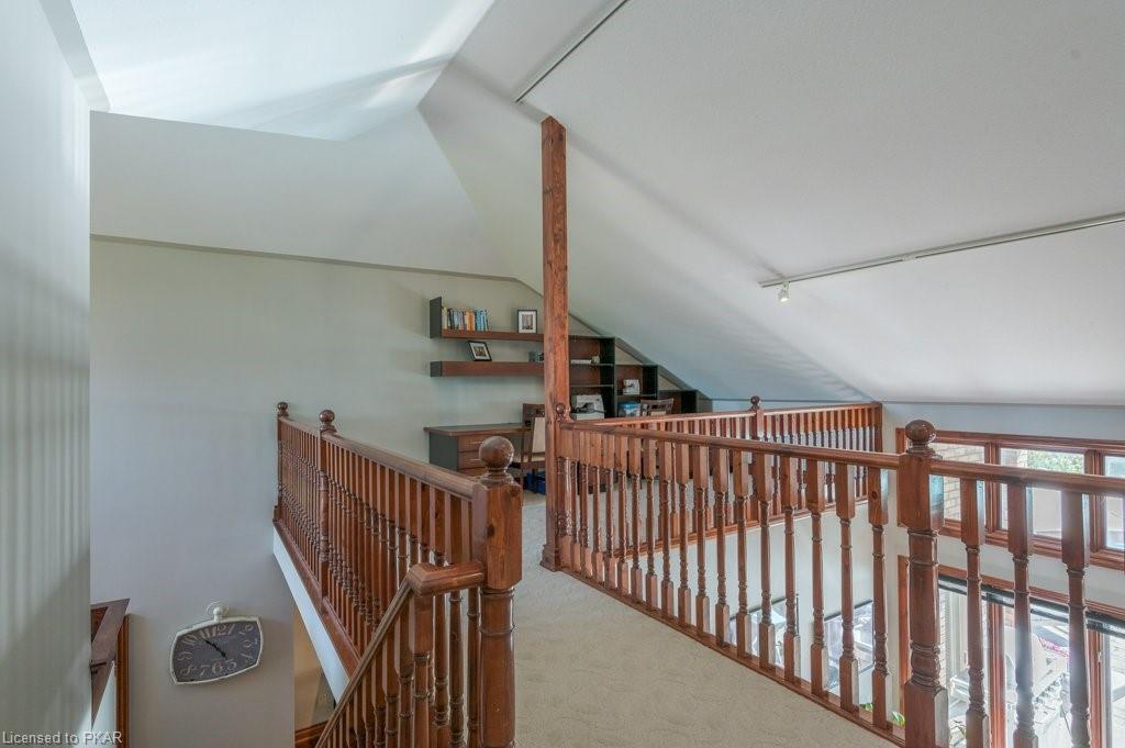 1677 COLLEGE PARK Drive, Peterborough, Ontario (ID 264040)