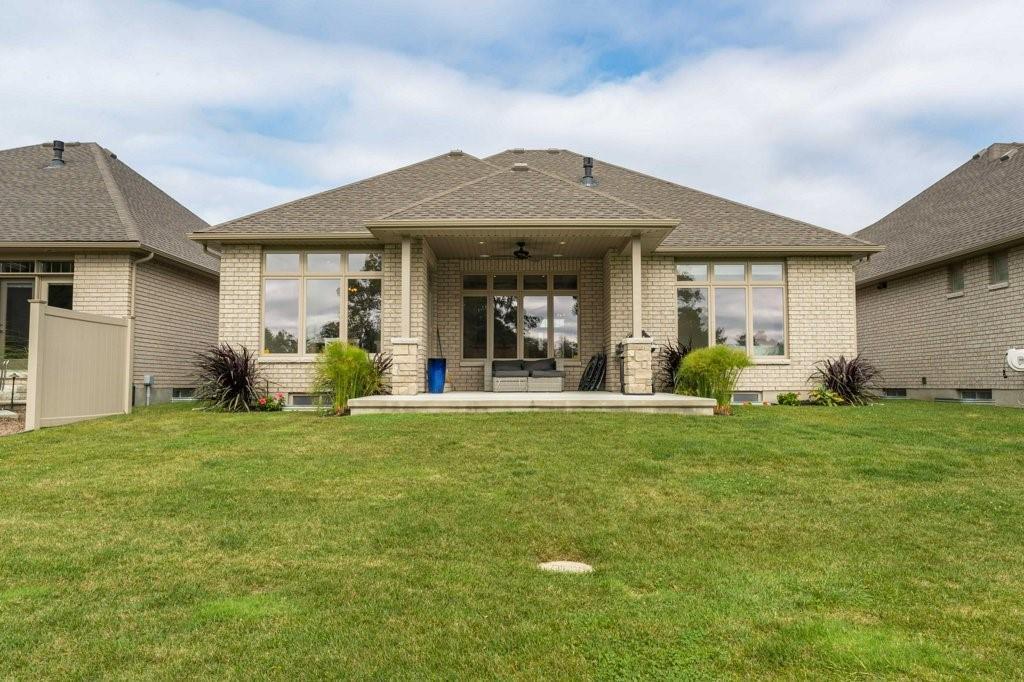1117 MIKE WEIR Drive, Sarnia, Ontario (ID 19026185)