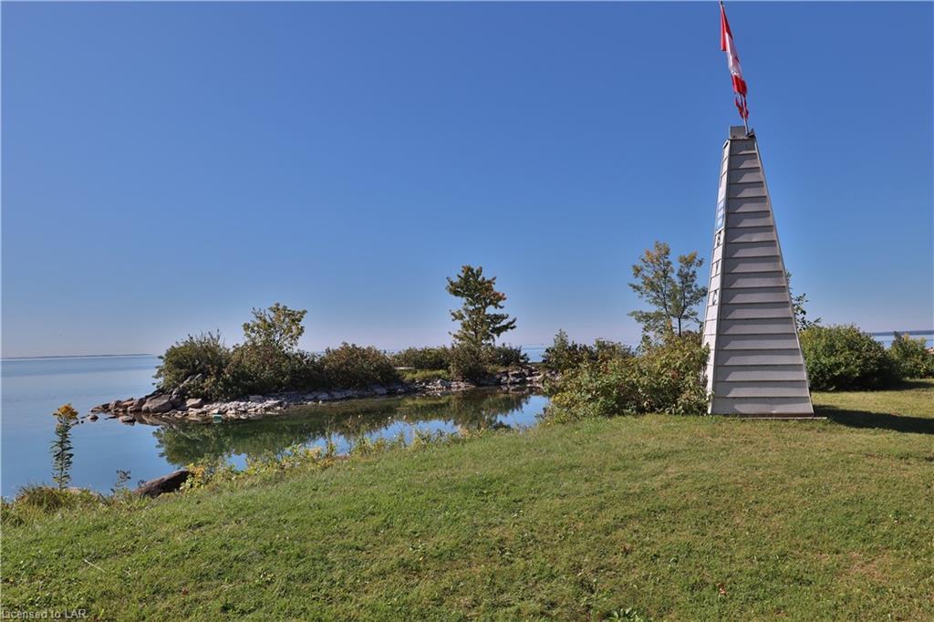 215 BAYSHORE Drive, Brechin, Ontario (ID 221071)
