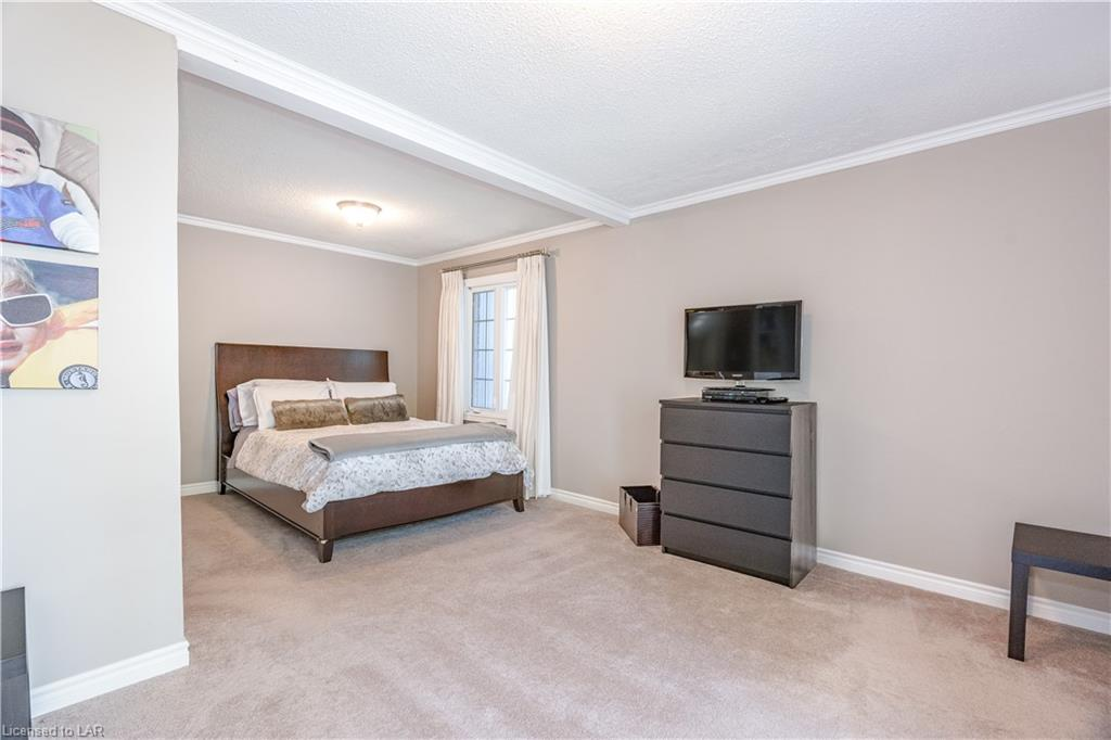 694 BROADVIEW Avenue, Orillia, Ontario (ID 40159252)