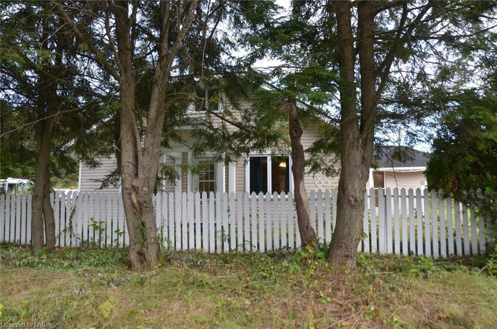 2601 ASPDIN Road, Utterson, Ontario (ID 223507)
