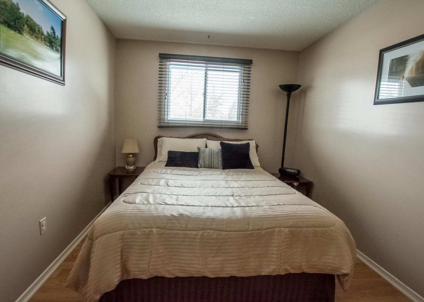 919 Cresthill Street, Kingston, Ontario (ID K20000311)