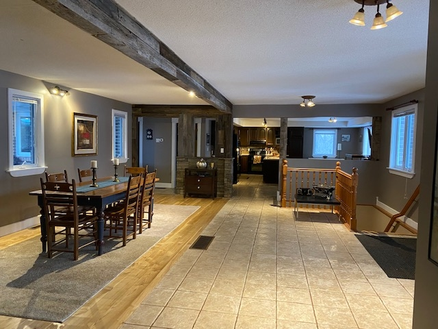4222 6th Concession Road, Kingston, Ontario (ID K20000629)