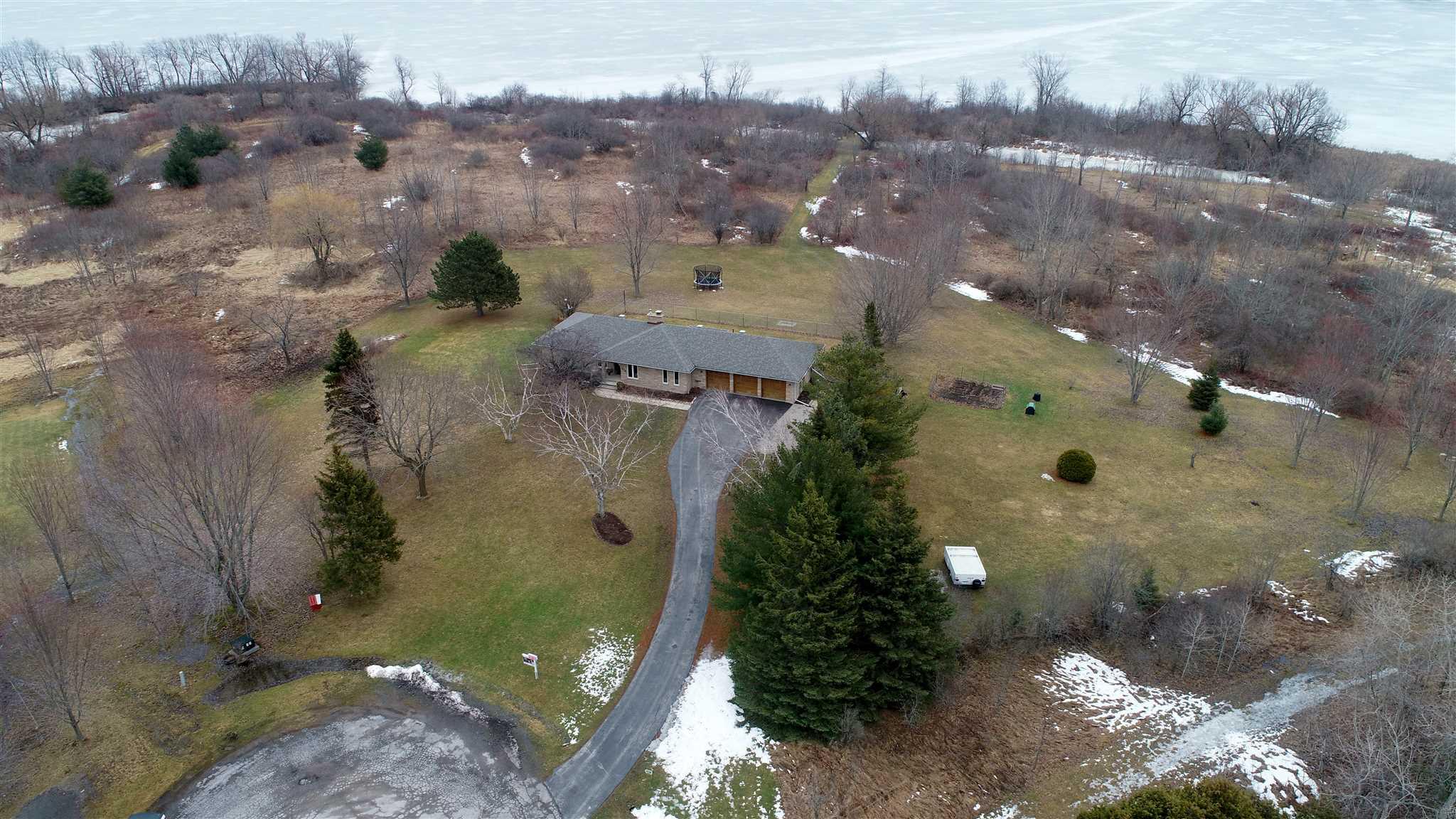 436 Heathcliffe Lane, Kingston, Ontario (ID K20001421)