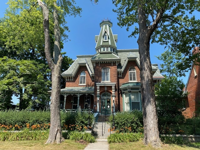 24 Sydenham Street, Kingston, Ontario (ID K21000077)