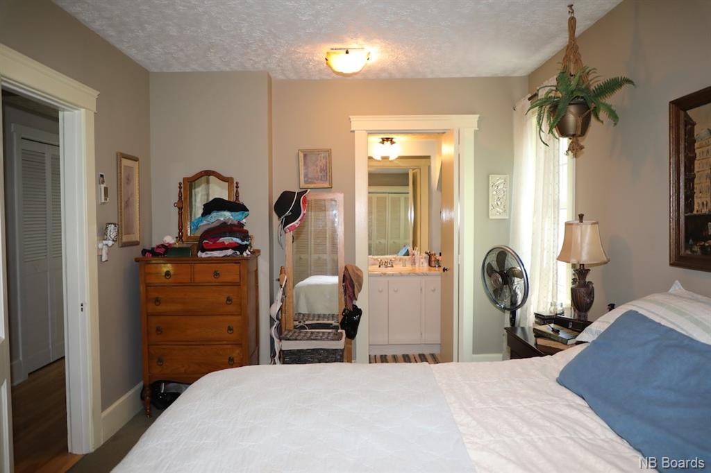 595 Waterloo Row, Fredericton, New Brunswick (ID NB045487)