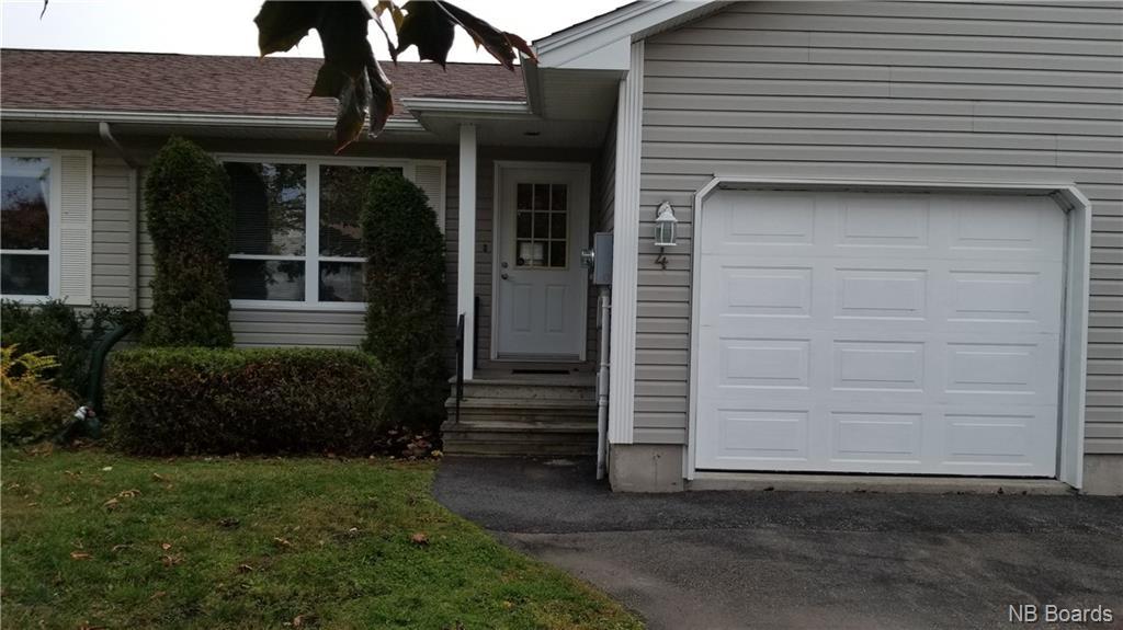 4 Cortland Place, Rothesay, New Brunswick (ID NB037028)