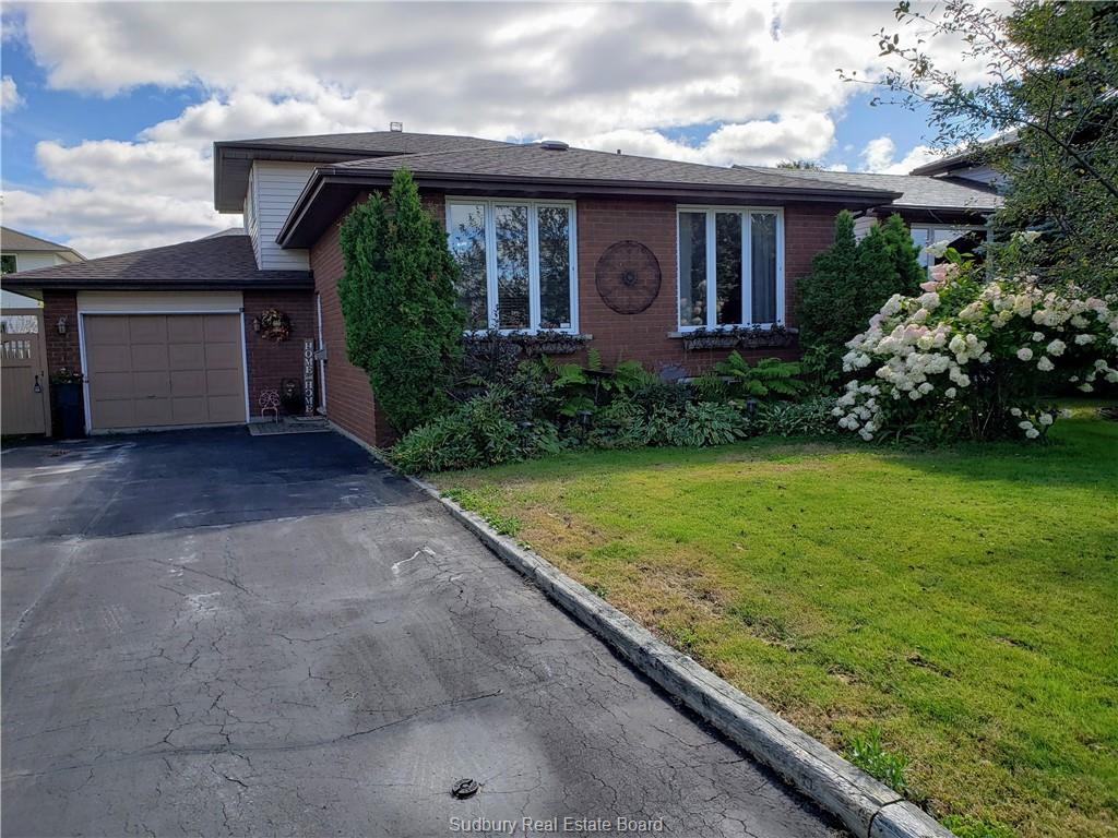 50 Chantal Crescent, Garson, Ontario (ID 2080577)