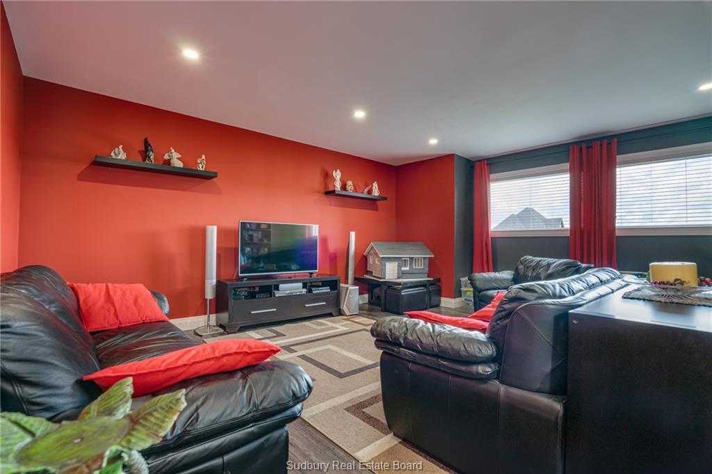 1030 Lee Street, Hanmer, Ontario (ID 2088254)