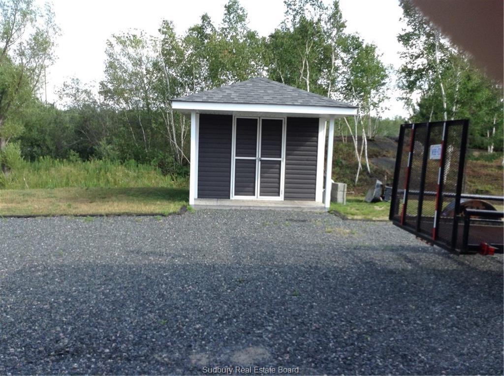 1111 Donaldson Crescent, Val Caron, Ontario (ID 2092686)