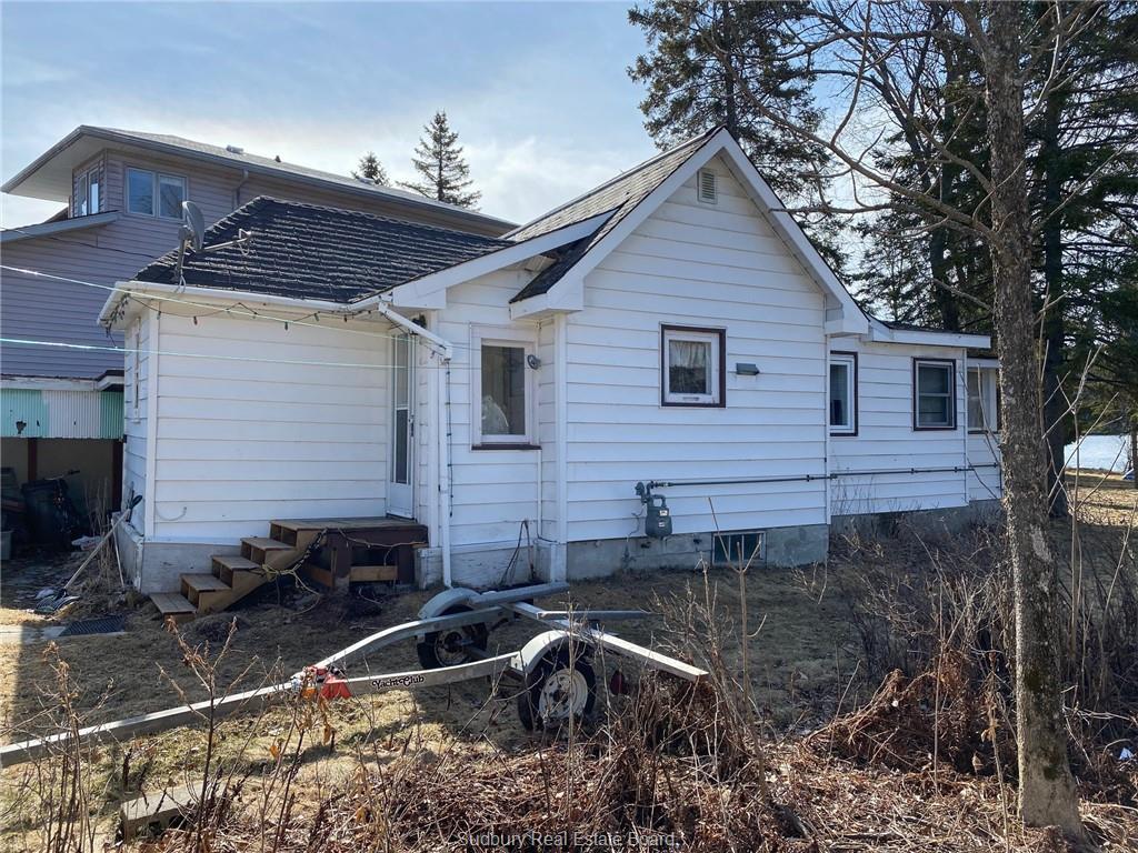 241 & 241A Simon Lake Road, Naughton, Ontario (ID 2083720)