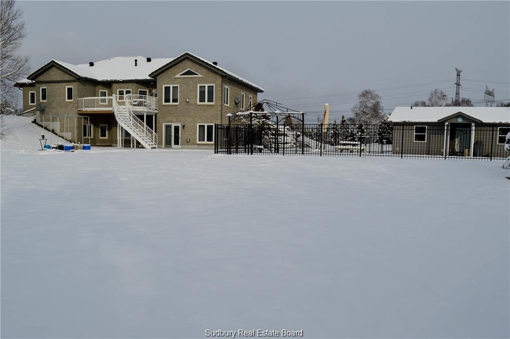 47 Gleneden Court, Garson, Ontario (ID 2083829)