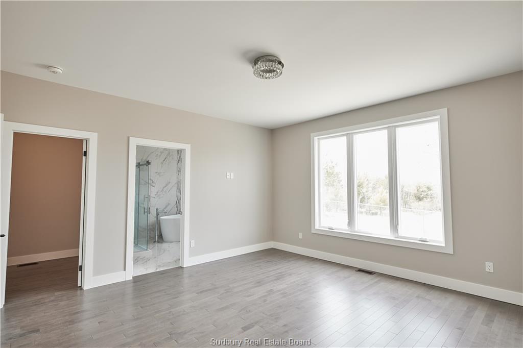 120 Landreville Drive, Sudbury, Ontario (ID 2084880)