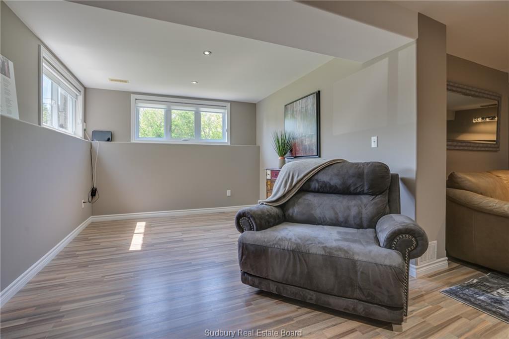 2282 Navanod, Sudbury, Ontario (ID 2085735)
