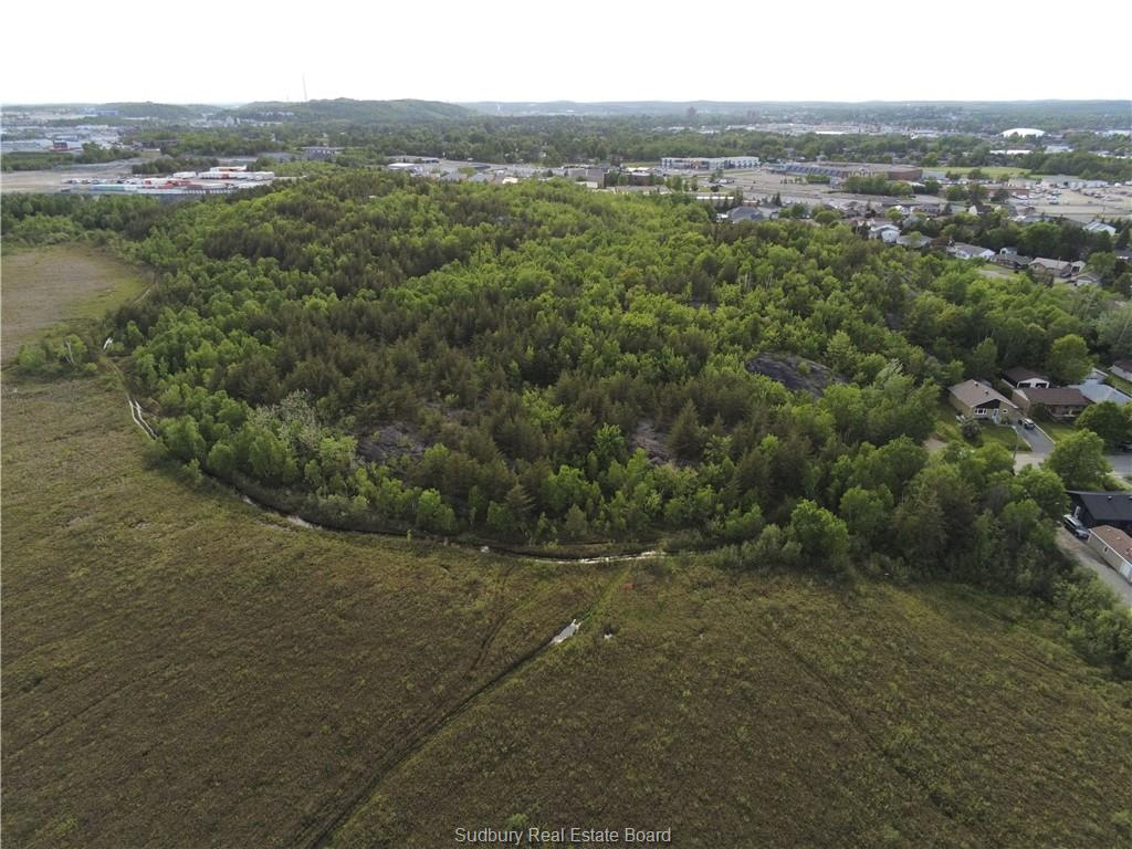 PCL 12214 Brookfield, Sudbury, Ontario (ID 2095546)