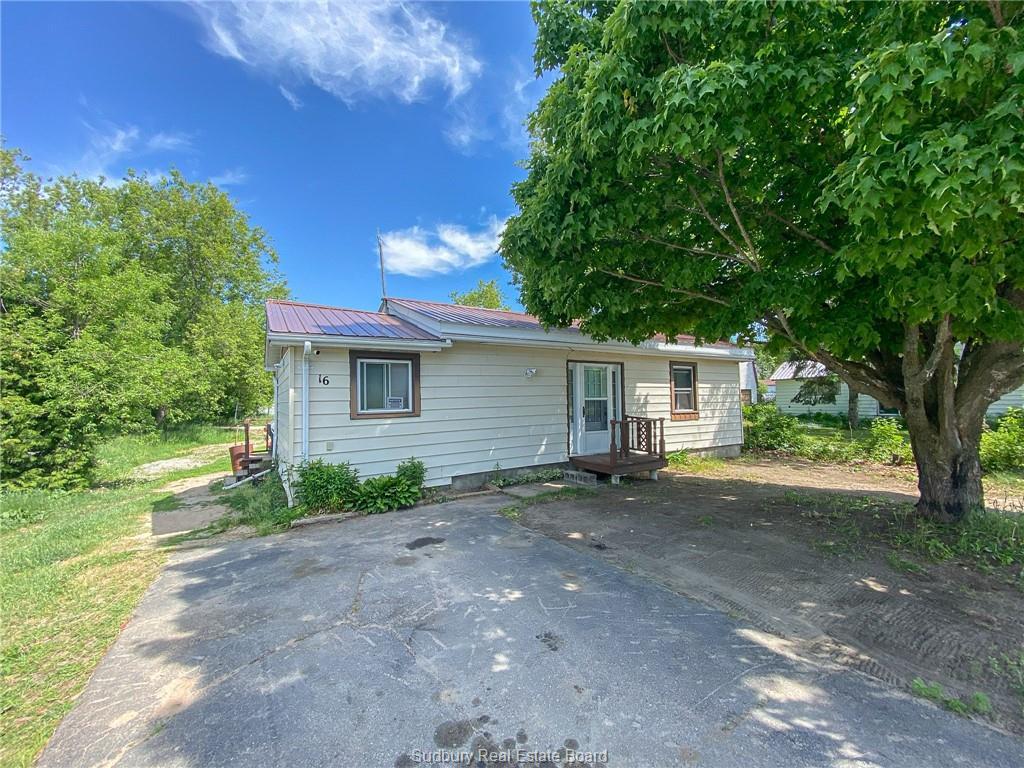 16 Young Street, Webbwood, Ontario (ID 2095820)