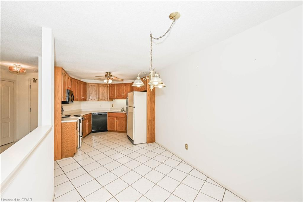 24 MARILYN Drive Unit# 304, Guelph, Ontario (ID 30809034) - image 11