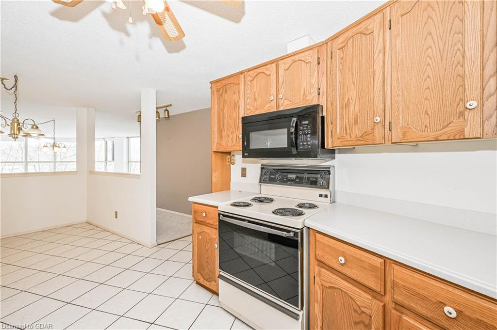 24 MARILYN Drive Unit# 304, Guelph, Ontario (ID 30809034) - image 14