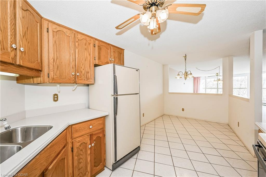24 MARILYN Drive Unit# 304, Guelph, Ontario (ID 30809034) - image 15