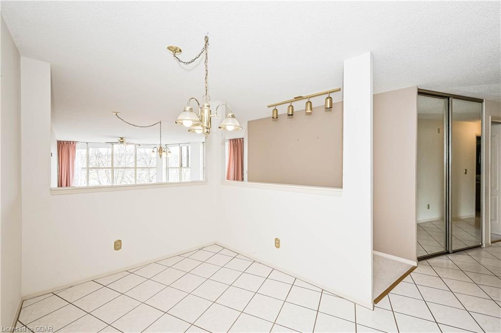 24 MARILYN Drive Unit# 304, Guelph, Ontario (ID 30809034) - image 16
