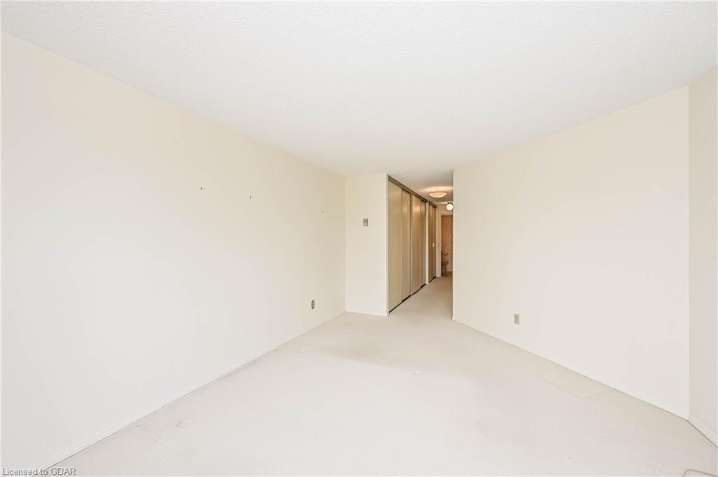 24 MARILYN Drive Unit# 304, Guelph, Ontario (ID 30809034) - image 19