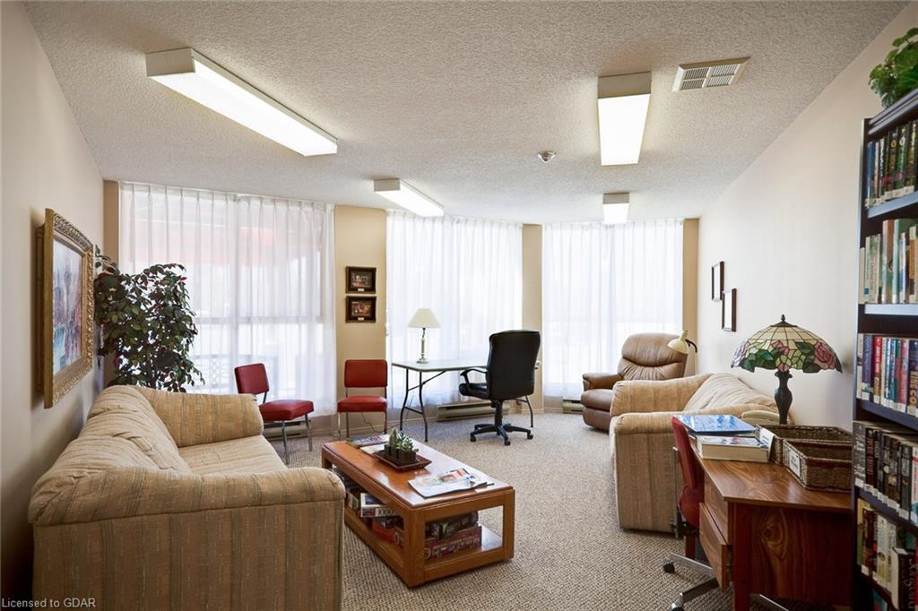 24 MARILYN Drive Unit# 304, Guelph, Ontario (ID 30809034) - image 31