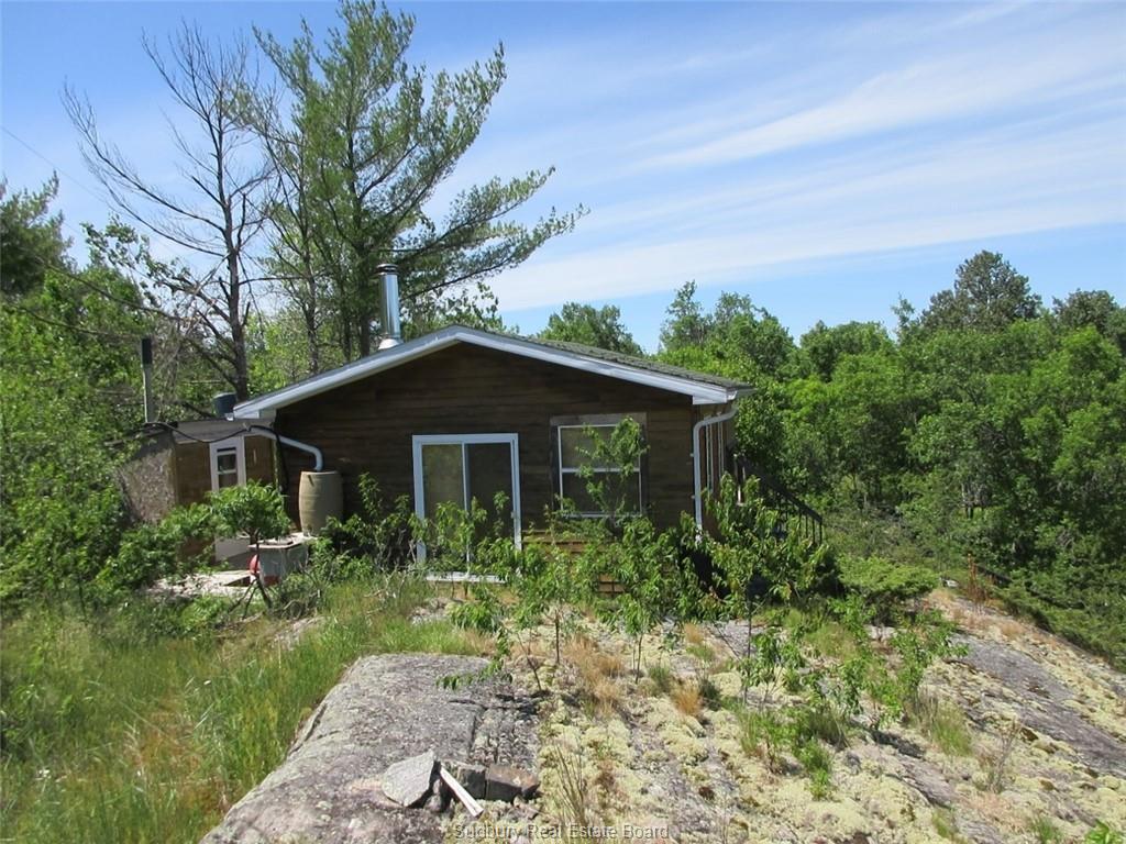 32 Baker's Bay, Alban, Ontario (ID 2092280)
