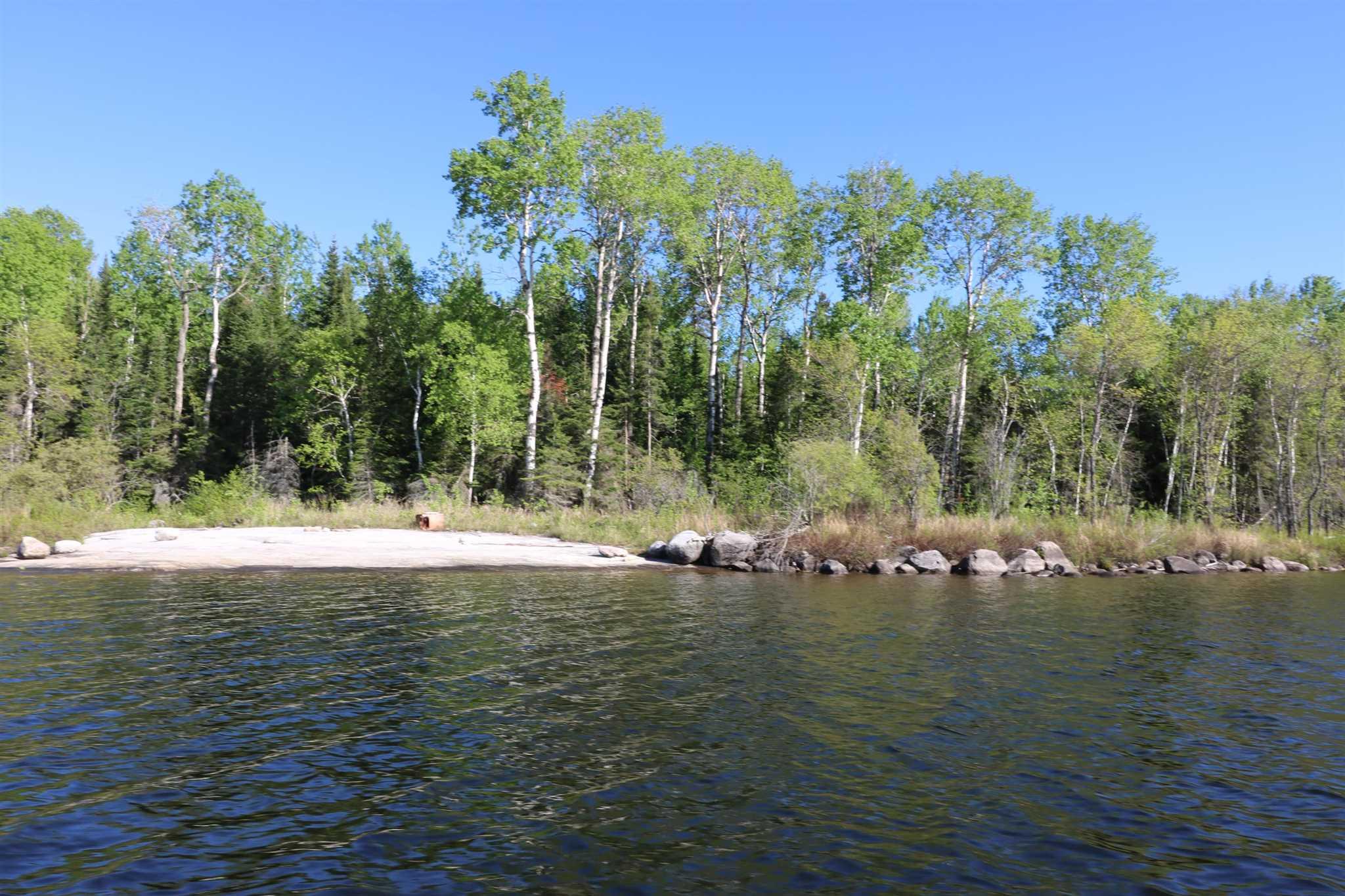 Location S818 Gun Lake, Minaki, Ontario (ID TB202424)