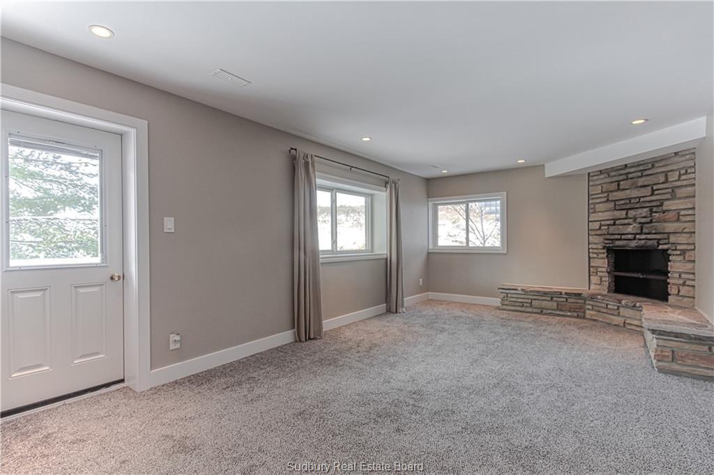 2614 South Shore Road, Sudbury, Ontario (ID 2083321)