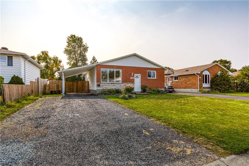 2025 Caribou, Sudbury, Ontario (ID 2090025)