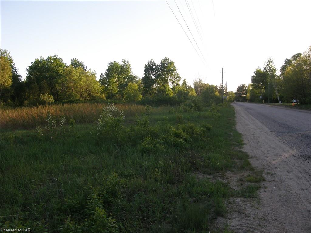 OTTAWA Street, South River, Ontario (ID 40120114)