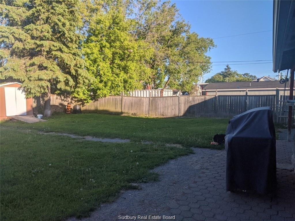 3533 Errington Avenue N, Chelmsford, Ontario (ID 2090425)