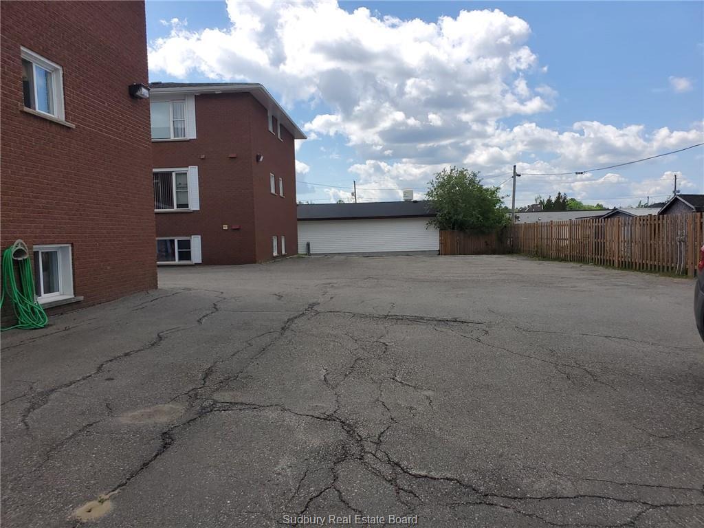 27 William Street, Chelmsford, Ontario (ID 2095435)