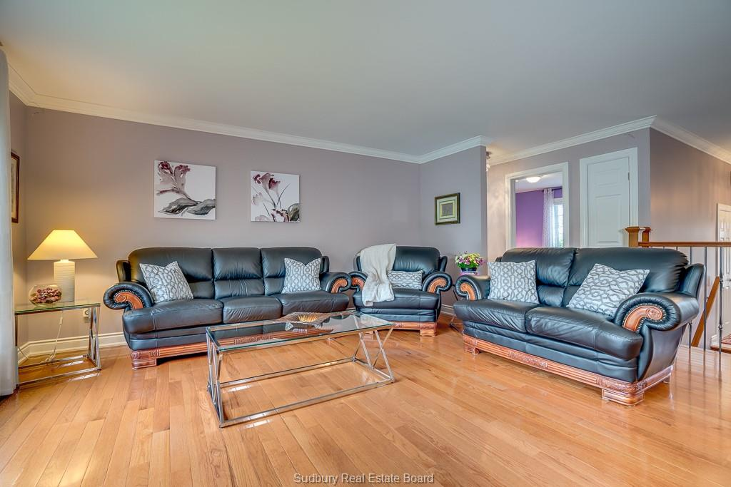 2536 Blyth Street, Sudbury, Ontario (ID 2081911)