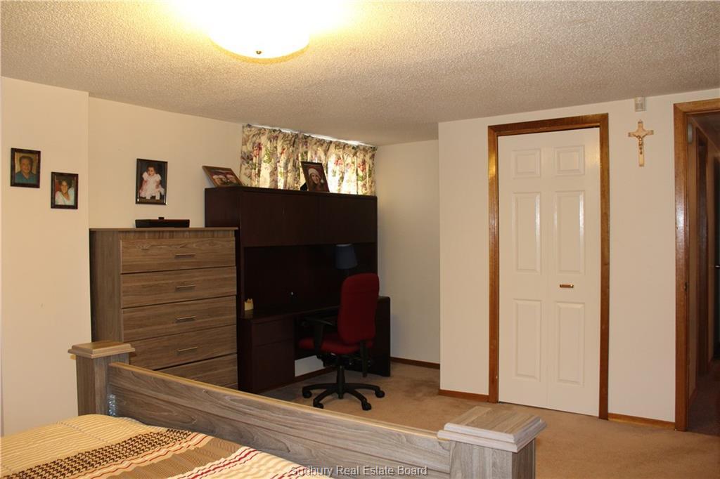 115 Mona Avenue, Chelmsford, Ontario (ID 2084200)