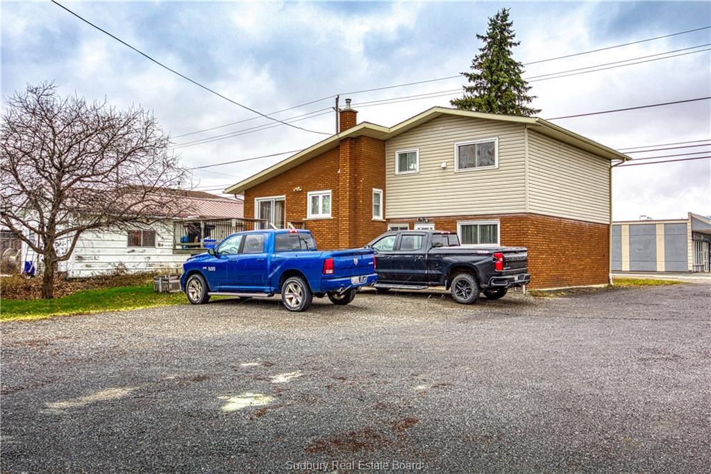 61 St-Agnes Street, Azilda, Ontario (ID 2090432)