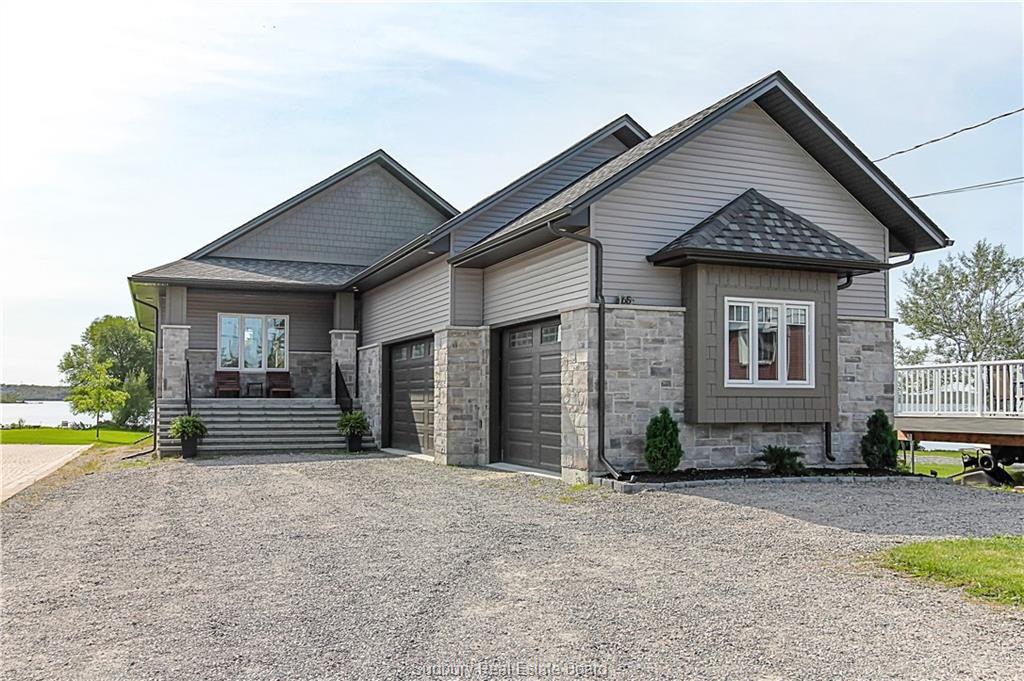 65 Laurier Street E, Azilda, Ontario (ID 2092431)