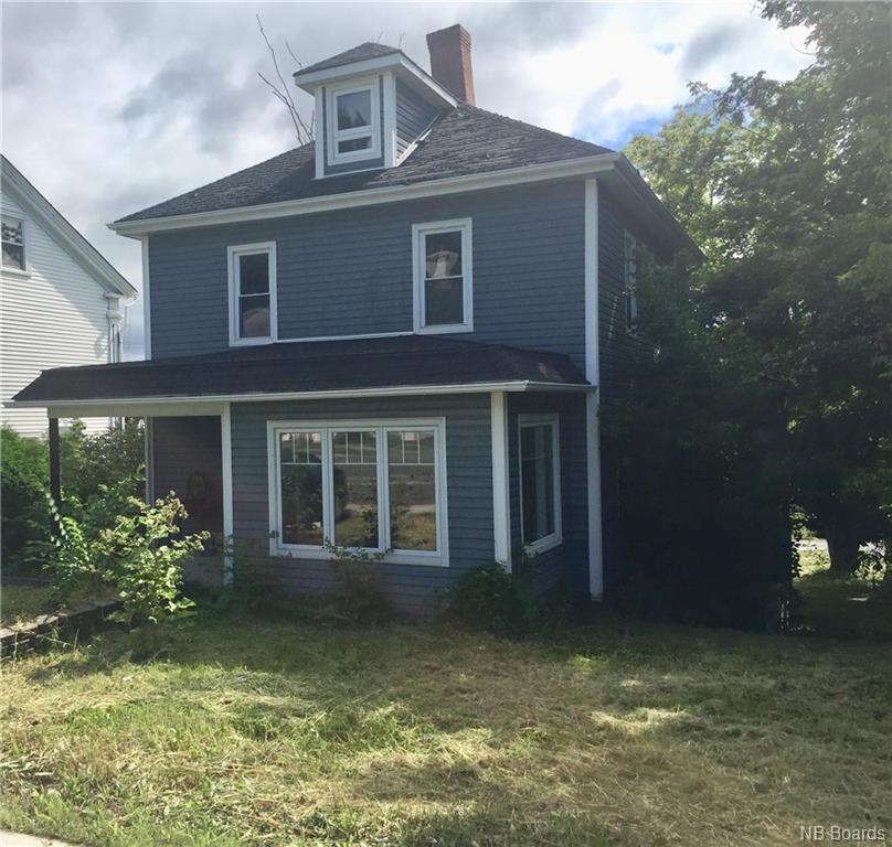 710 Main Street, Woodstock, New Brunswick (ID NB062031)