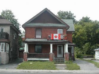 105�FRONT�ST�South�, Orillia, Ontario (ID 052009)