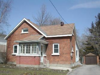 294�EAST�ST��, Orillia, Ontario (ID 060749)