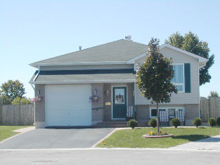51�COURTNEY�CRES��, Orillia, Ontario (ID 072145)