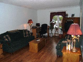 26 ADAIR ST, Orillia, Ontario (ID 080249)