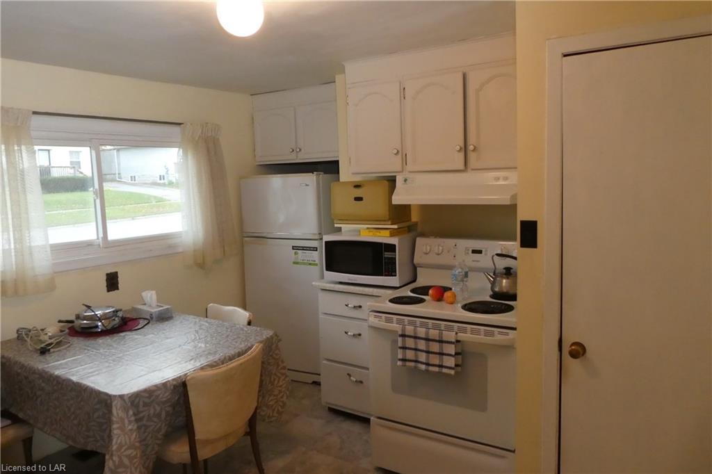 320 MISSISSAGA Street W, Orillia, Ontario (ID 230006)