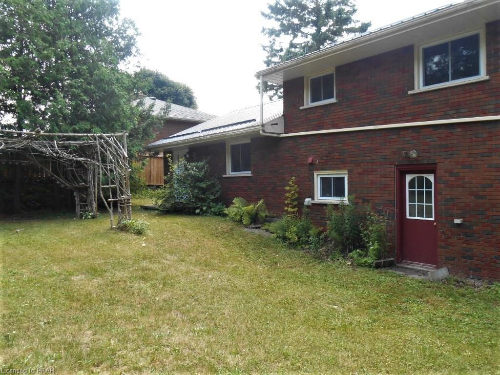 247 QUEEN Street, Lakefield, Ontario (ID 145865)