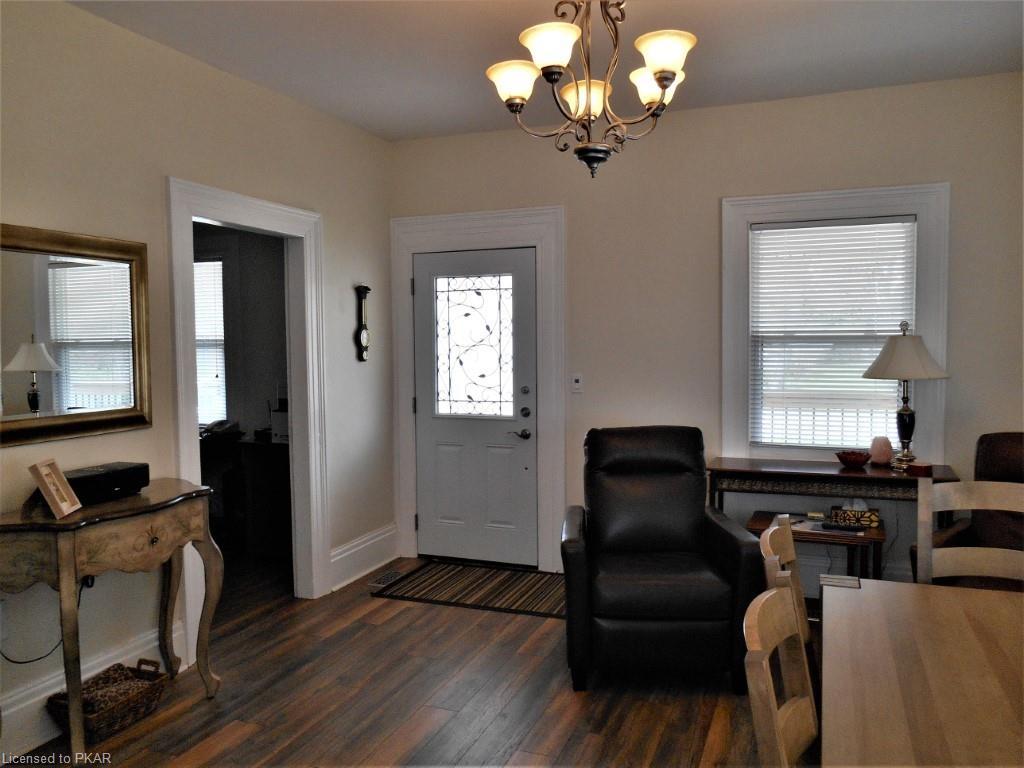 15 GEORGE Street, Lakefield, Ontario (ID 212463)
