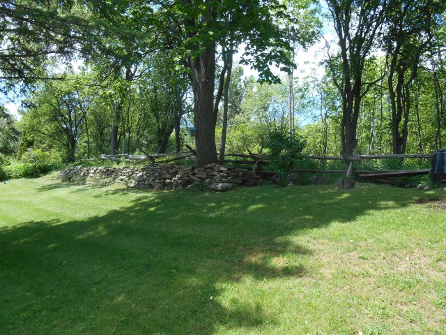 546 MCCREA DR, Peterborough, Ontario (ID 151406000144500)