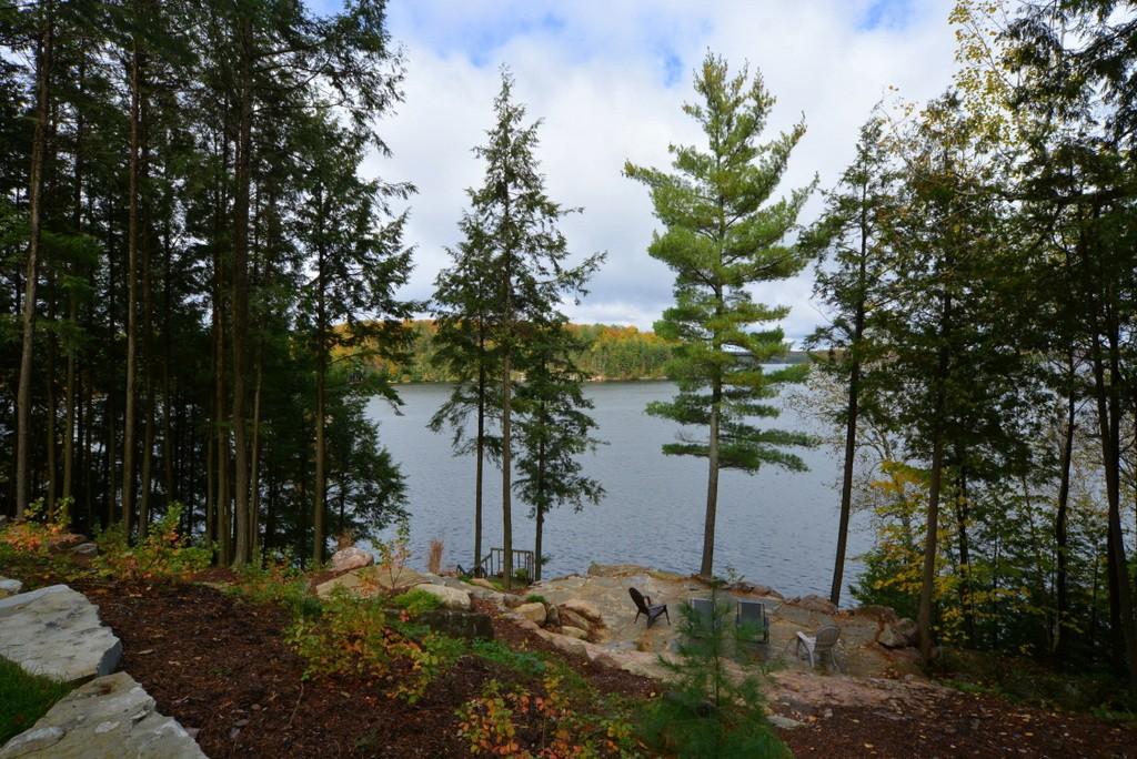 24 KINGFISHER LANE, North Kawartha, Ontario