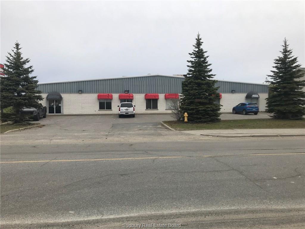 2266 Lasalle Boulevard, Sudbury, Ontario (ID 2074391)