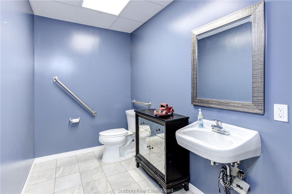 810 Kingsway Boulevard, Sudbury, Ontario (ID 2083560)